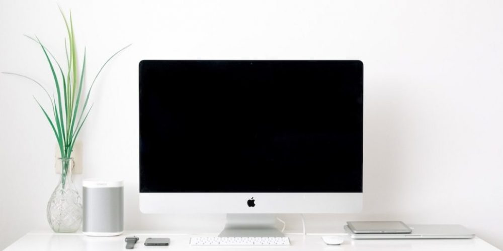 Digital minimalism 101: How to clear out your digital clutter and find focus and calm in 30 days