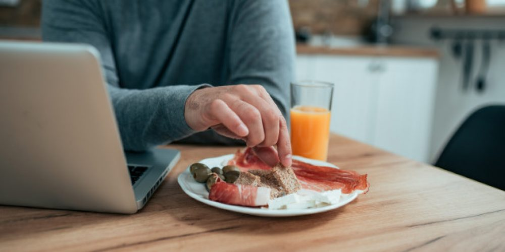 9 Tips for Eating Healthy When You're Working From Home